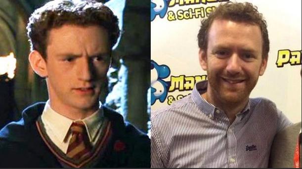 Chris Rankin, que jogou Percy Weasley, tem crescido, mas ainda tem sua marca registrada cabelo encaracolado.